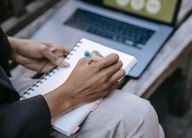 Docentes utilizan herramientas digitales para la evaluación
